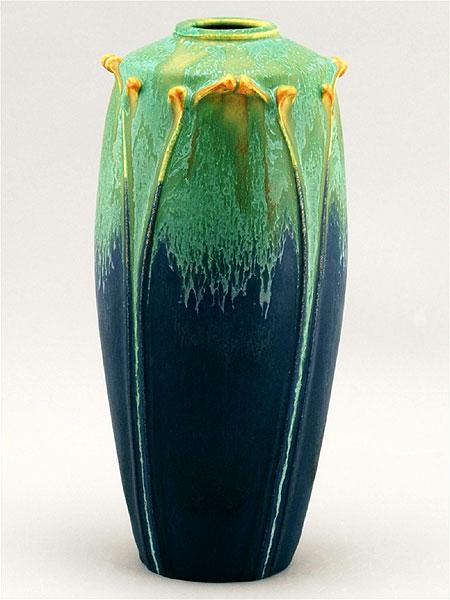 Northern Lights Blue & Nouveau Arch Vase Details